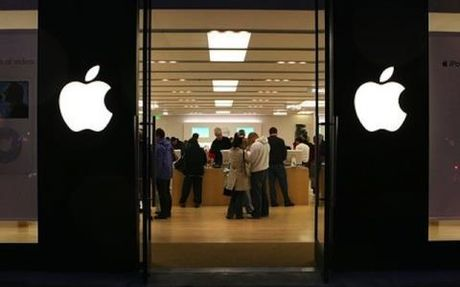 iPhone san xuat hoan toan tai My: Dan choi tra gap doi - Anh 1