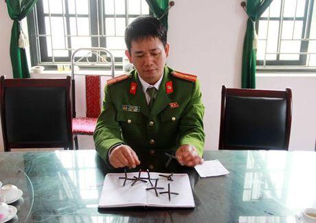 Vu 'bay' dinh 4 chan tren quoc lo: He lo nguyen nhan - Anh 1