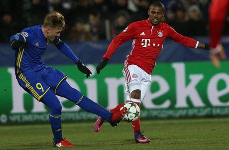 Bayern 'chet cong' truoc su lanh lung cua Rostov - Anh 4