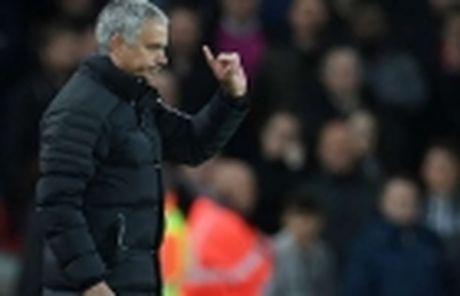Mourinho chon M.U la qua dung dan - Anh 4