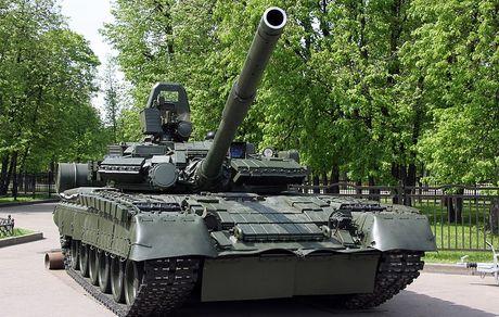 3.000 xe tang 'phan luc' T-80BV tro lai, NATO hoang loan - Anh 1
