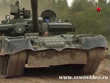 3.000 xe tang 'phan luc' T-80BV tro lai, NATO hoang loan - Anh 7