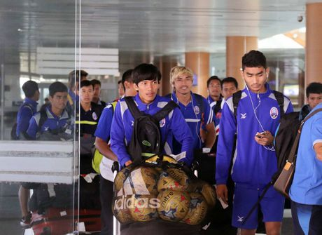 DT Viet Nam toi Nay Pyi Taw truoc tran gap Campuchia - Anh 6