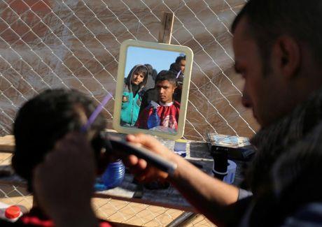 Thieu thon du dieu dan Iraq trong trai ti nan gan Mosul - Anh 2