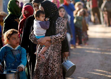Thieu thon du dieu dan Iraq trong trai ti nan gan Mosul - Anh 8