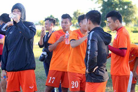 Buoi tap dau tien cua tuyen Viet Nam tai Nay Pyi Taw: Hoang Thinh va Thanh Luong duoc nghi - Anh 15