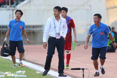 Xuan Truong tai hien hinh anh 'chi dao' dong doi giong C. Ronaldo - Anh 1