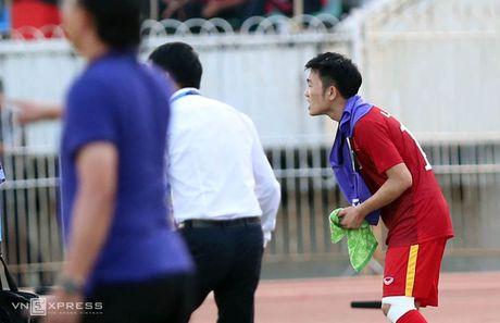 Xuan Truong tai hien hinh anh 'chi dao' dong doi giong C. Ronaldo - Anh 2