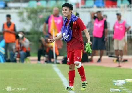 Xuan Truong tai hien hinh anh 'chi dao' dong doi giong C. Ronaldo - Anh 3