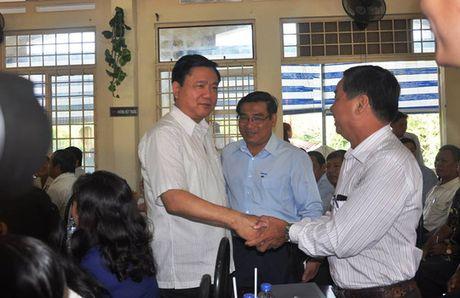 Cu tri dat nhieu van de voi Bi thu Dinh La Thang - Anh 1