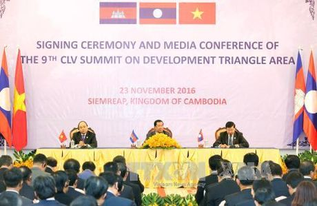 Chuyen tham du Hoi nghi CLV-9 cua Thu tuong thanh cong tot dep - Anh 1