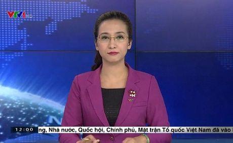 BTV Van Anh chuong trinh 'Thoi su' bat ngo nghi viec - Anh 2