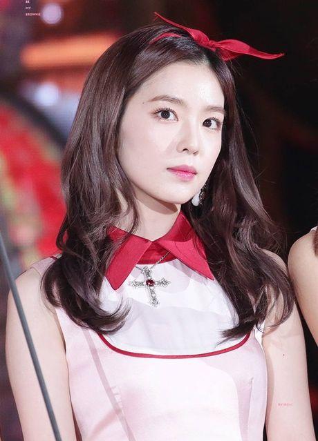 Irene khien Chan Yeol xau ho vi qua xinh tren san khau - Anh 3