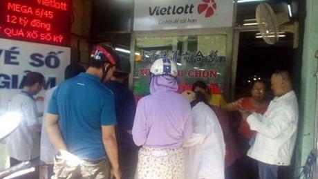 'Con sot' Vietlott va nhung ban khoan chua loi giai - Anh 3