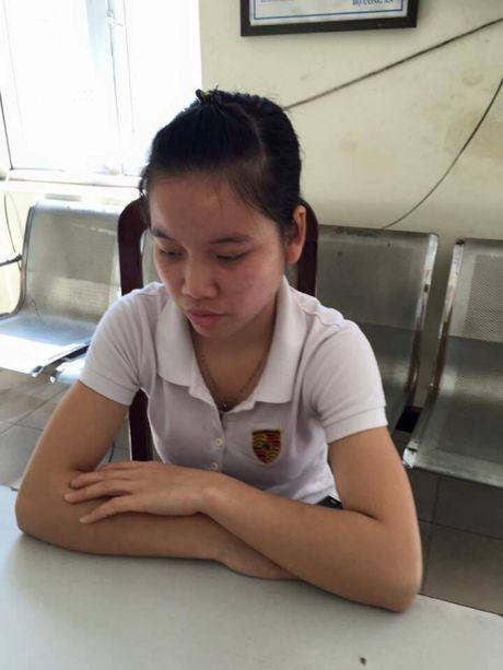 Chau be 18 thang tuoi bi co giao danh: Truong phong GD&DT len tieng - Anh 2