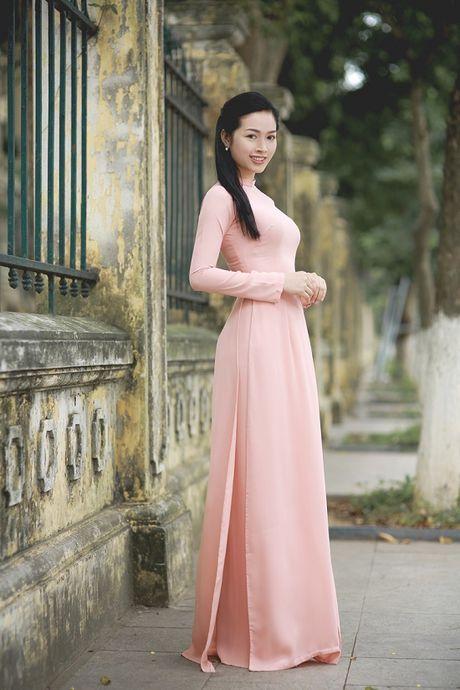 Mai Thanh Ha dep den nao long voi ao dai giua troi Thu Ha Noi - Anh 2