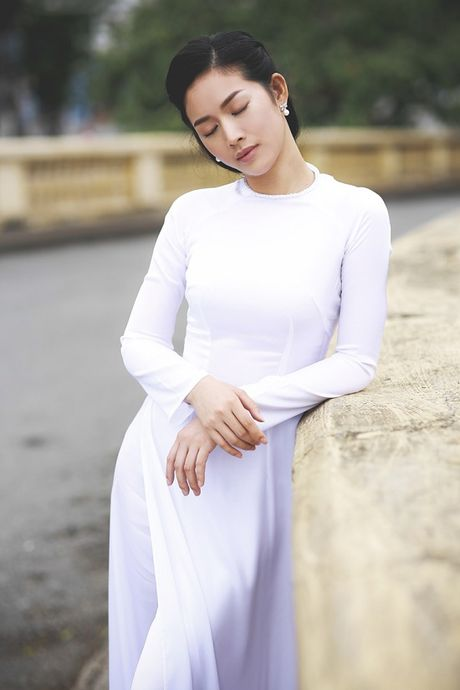 Mai Thanh Ha dep den nao long voi ao dai giua troi Thu Ha Noi - Anh 9