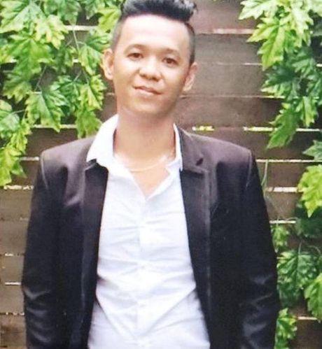 Ga giang ho no sung ban thung tay khach choi game khai gi? - Anh 2