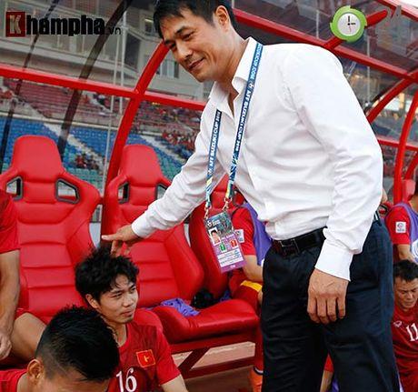 """Huu Thang ung ho Cong Phuong, Cong Vinh nhu muon """"mang"""" dan em - Anh 1"""