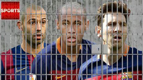 Tron thue nhu Messi, Neymar o Barca, Eto'o nguy co ru tu - Anh 4