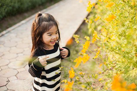 Xuan Lan va con gai vui dua trong nang am dau dong Ha Noi - Anh 12