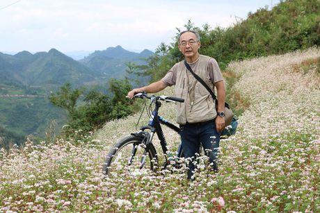 Nguong mo cu ong nguoi Nhat Ban yeu Ha Giang, me van hoa Lo Lo - Anh 1