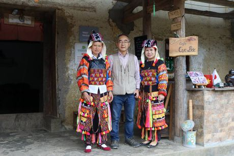 Nguong mo cu ong nguoi Nhat Ban yeu Ha Giang, me van hoa Lo Lo - Anh 5