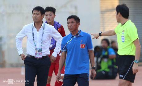 Xuan Truong 'chi dao' dong doi, giong Ronaldo - Anh 8