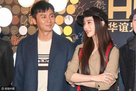 Pham Bang Bang gian di moc mac mung sinh nhat ban trai Ly Than - Anh 4