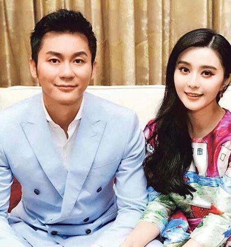 Pham Bang Bang gian di moc mac mung sinh nhat ban trai Ly Than - Anh 7