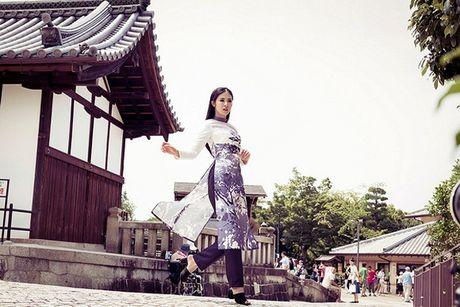 Hoa hau Ngoc Han khoe sac voi ao dai o Nhat Ban - Anh 7