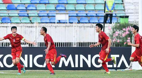 AFF Cup, HLV Huu Thang: 'Cong Phuong can co gang hon nua' - Anh 1