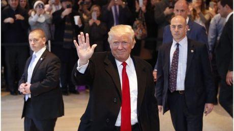 Ong Trump phu nhan xung dot loi ich chinh tri va kinh doanh - Anh 1
