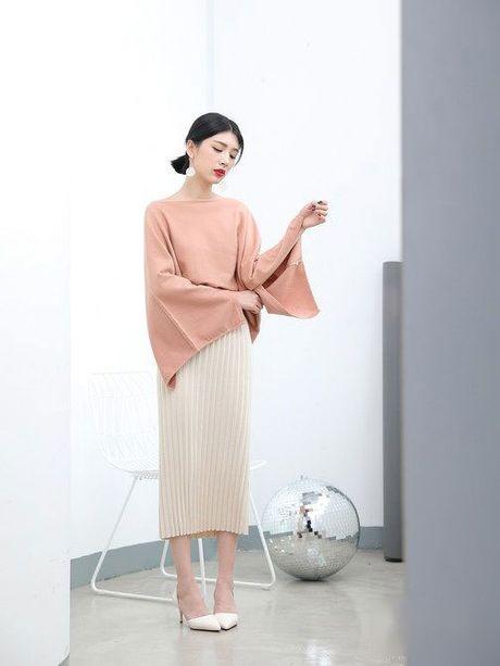 Nhung kieu mix ao len khong the thieu trong mua dong - Anh 6