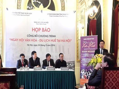 Thuong thuc 'Mua dong xu Hue' giua long Thu do Ha Noi - Anh 1