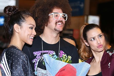 Lilly Nguyen, Mai Ngo ra san bay don 'ong hoang party rock' Redfoo - Anh 7