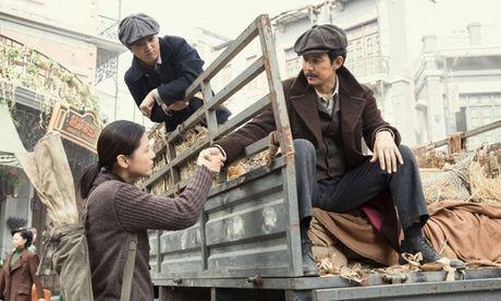 Danh sach 'nguoi tinh man anh' cua Jun Ji Hyun: Tre thi cach ca chuc tuoi, gia thi toan ky cuu - Anh 5