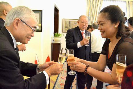 Tong Lanh su quan Nhat Ban vinh danh GS.TS Vo Tong Xuan - Anh 5