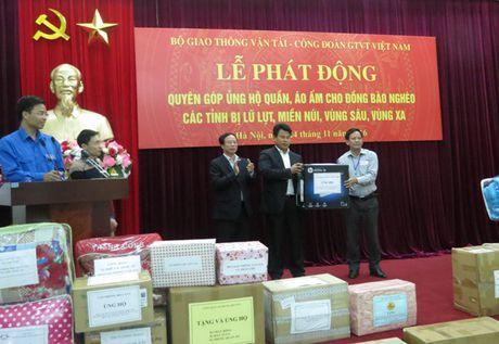 CD Giao thong Van tai VN: Phat dong quyen gop ung ho dong bao vung kho kha - Anh 3