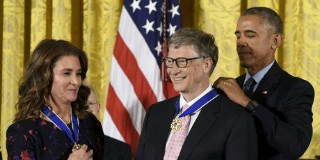 Vo chong Bill Gates nhan Huan chuong Tu do cua Tong thong My - Anh 1