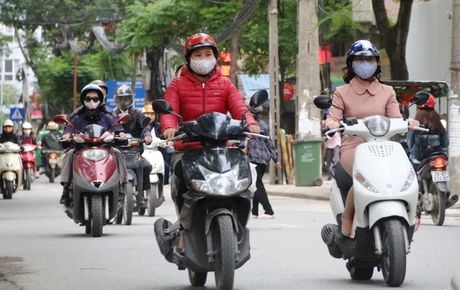 Mien Bac lanh keo dai, ap thap nhiet doi tren bien Dong - Anh 2