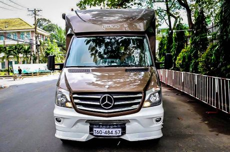 Anh nha di dong Mercedes-Benz hang doc tai Viet Nam - Anh 1