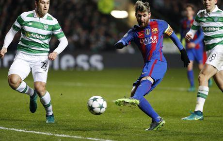 Messi lap cu dup dua Barca vao vong knock-out - Anh 3