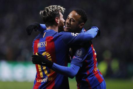 Messi lap cu dup dua Barca vao vong knock-out - Anh 4