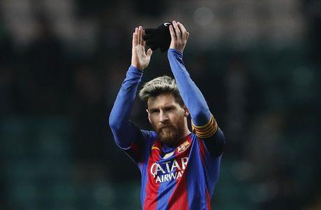 Messi lap cu dup dua Barca vao vong knock-out - Anh 9