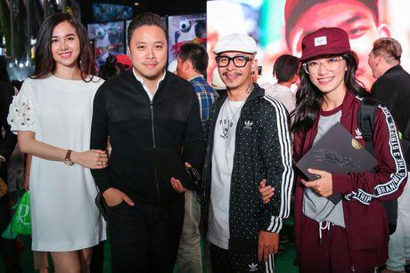 Vo chong Victor Vu - Dinh Ngoc Diep tinh tu tai su kien - Anh 1