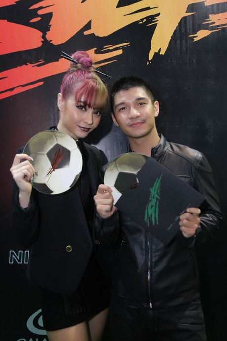 Vo chong Victor Vu - Dinh Ngoc Diep tinh tu tai su kien - Anh 7