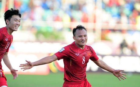 Viet Nam doc chiem ngoi dau, gianh ve vao ban ket AFF Cup 2016 - Anh 1
