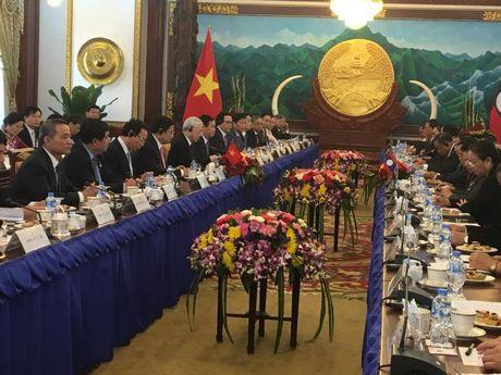 Viet Nam-Lao ky ke hoach 5 nam trien khai Chien luoc hop tac GTVT - Anh 1