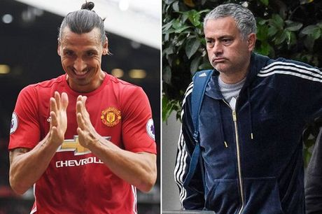 Man United va chuyen gia han hop dong voi Ibra: Tai sao nen, tai sao khong? - Anh 1